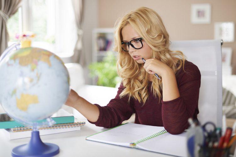 Lånekassen er blant de som tilbyr lån til unge som studerer i andre land.